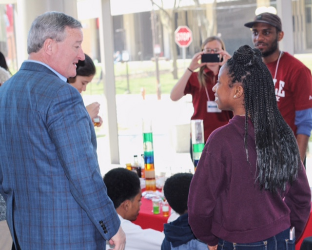 Mayor Kenney greeting students at STEMcityPHL/US2020 PHL's Junior Science and Humanities Symposium at Temple University